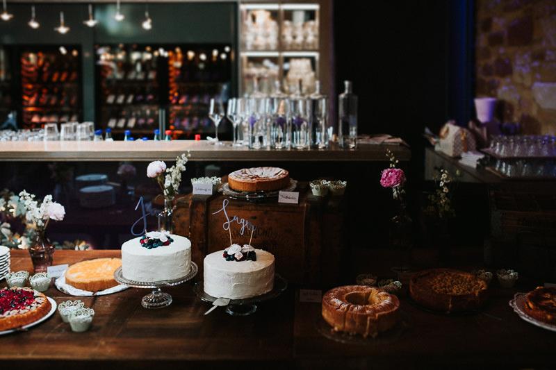Hochzeit im Weingut am Nil Hochzeitsfotograf Mannheim Hochzeitstorte