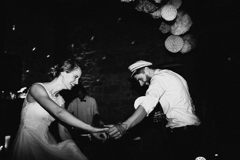 Hochzeitsfotograf Mannheim Stuttgart Weingut am Nil Hochzeit Party Tanzen