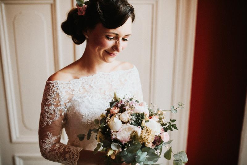 Braut Hochzeit auf Schloss Ziethen in Berlin Brandenburg