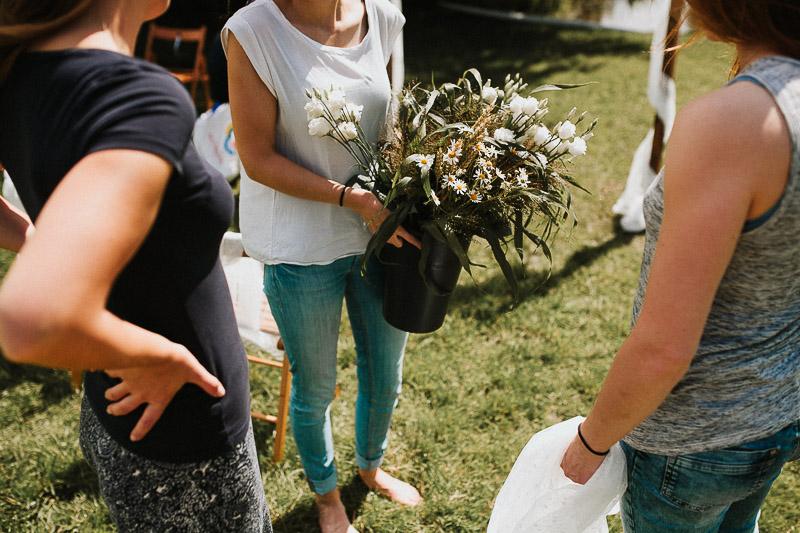 freie Trauung am See DIY Vintage Hochzeit in Kiel Blumen