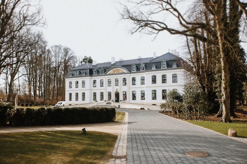 hochzeit-ostsee-schloss-weissenhaus-vintage-003
